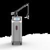 Behandling Hudföryngring och ansiktslyftning Borttagning av rynkor Hudåtstramning Acne/ärr-borttagning Borttagning av pigmentfläckar Reparation av solskadad hud Fördelar Tekniken har ett par rejäla fördelar mot andra fraktionerade behandlingsformer. RF orsakar inte pigmenteringsproblem RF har väldigt gynnsamma förutsättningar för nyproduktion av hudceller och cellstruktur. Kollagenet stimuleras till omstrukturering och krymps ihop direkt vid behandling.